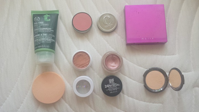 the body shop tea tree skin clearing lotion, cargo swimmables blush in bali, mally face defender, maybelline color tattoo in inked in pink, colourpop super shock shadow in weenie, becca shimmering skin perfector pressed in moonstone reviews and swatches, monthly favorites, september favorites 2016