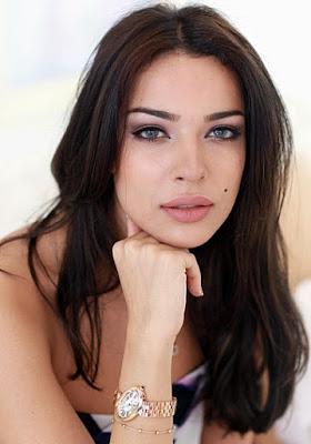 schönes arabisches Mädchen