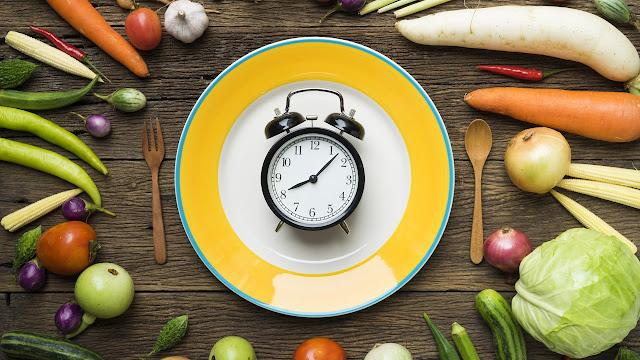 El AYUNO limpia y desintoxica el cuerpo de elementos que afectan el funcionamiento de los órganos internos que procesan y asimilan los alimentos. 🍛