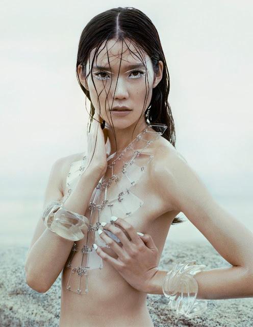Tao Okamoto topless