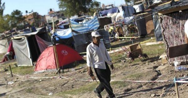 Unos ocho millones de argentinos viven en situación de pobreza
