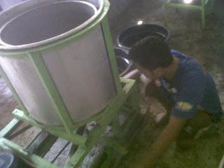 pabrik abon, pabrik abon sapi, pabrik abon ayam, pemasakan abon, produsen abon