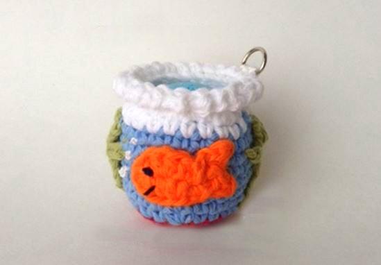 amigurumi lip balm cover crochet pattern gold fish bowl