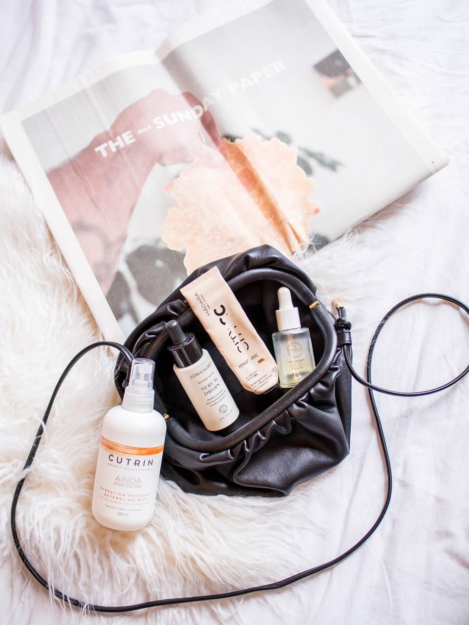 Beauty product empties 2020, flatlay, beauty products - Loppuun kuluneet kosmetiikkatuotteet 2020