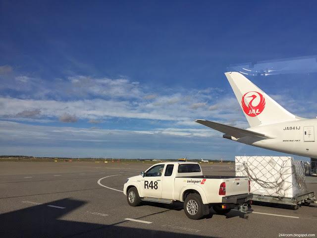 jal-787-jl414 ヘルシンキヴァンター国際空港