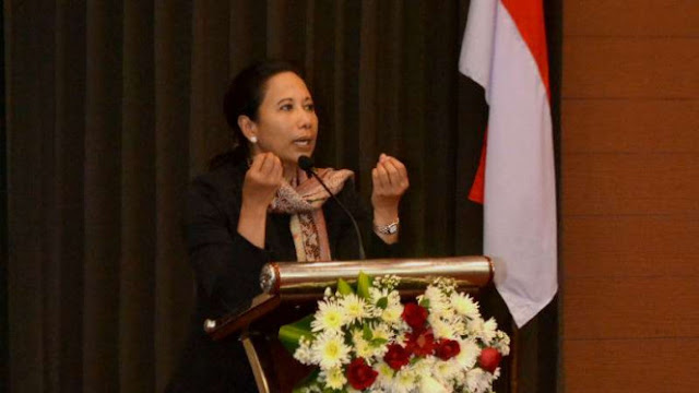 Menteri Rini: Rupiah Melemah Justru Menarik Investor Asing ke RI
