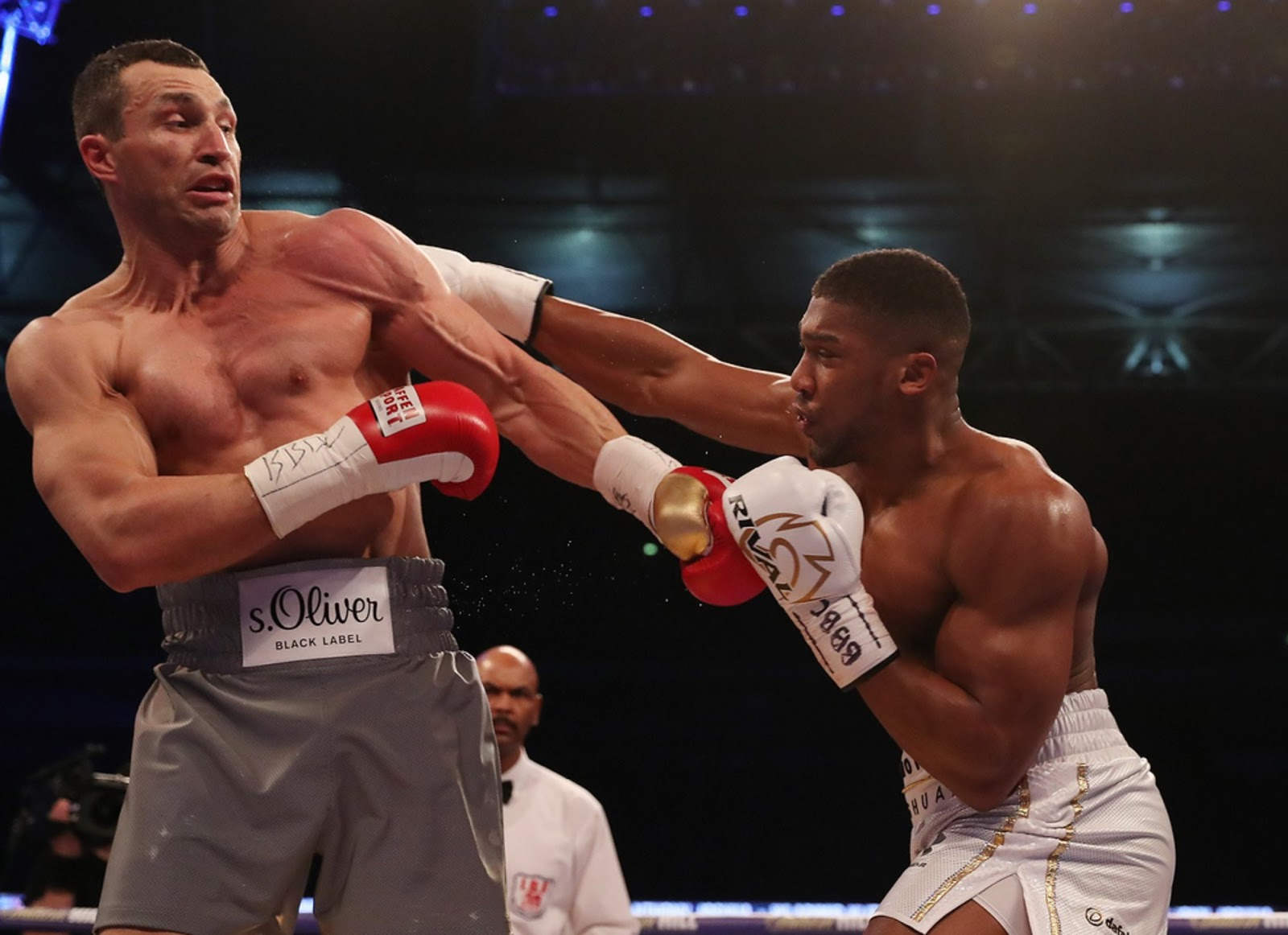 ANTHONY JOSHUA VS. WLADIMIR KLITSCHKO 6