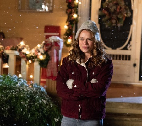 Its A Wonderful Movie Your Guide To Family And Christmas Movies On Tv Poinsettias For Christmas A Lifetime Christmas Movie Premiere Starring Bethany Joy Lenz John Schneider And Marcus Rosner