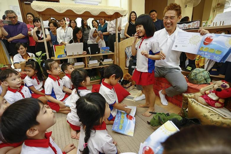 Edmund Chen launching the ibook My Little Red Dot - Making Our Home A Better Place at a PCF Sparkletots.