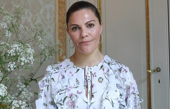 Crown Princess Victoria wore a new floral dress by Giambattista Valli. Crown Princess Victoria wore Giambattista Valli floral midi dress