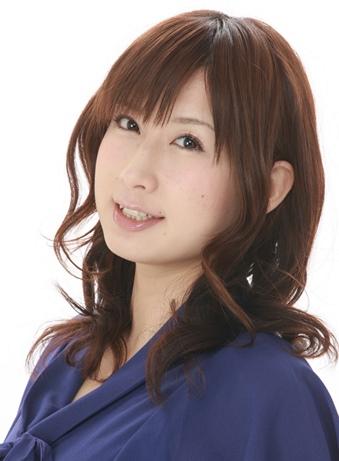 "A dubladora ""Natsumi Takamori"" estará fazendo a sua estréia como artista de doujins em Maio no show de variedades ""Takamori Juusensha"" (Takamori's Great Battle House)."