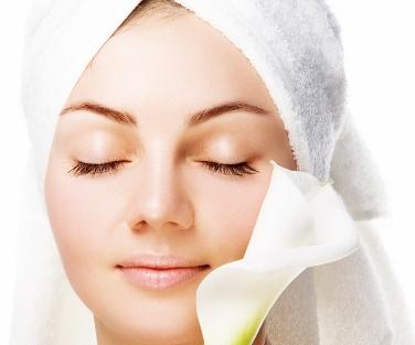 Tips Perawatan Wajah Kusam Tradisional Untuk Wanita