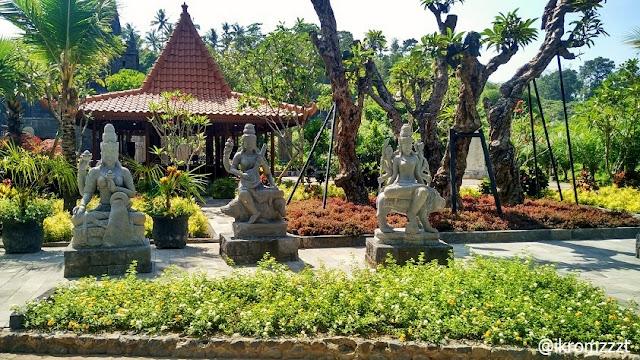 patung trimurti lembah tumpang resort