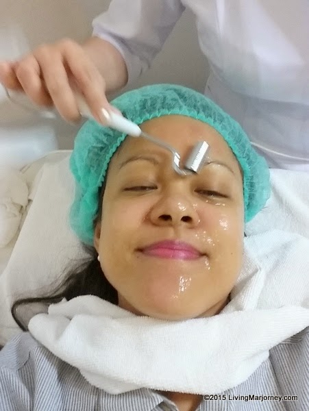 Skintology-Clinic-Makati - Galvanic Procedure