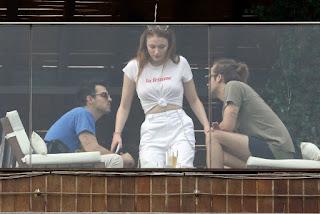 Photos of Sophie Turner enjoying meal with Joe Jonas at Hotel Balcony in Rio De Janeiro