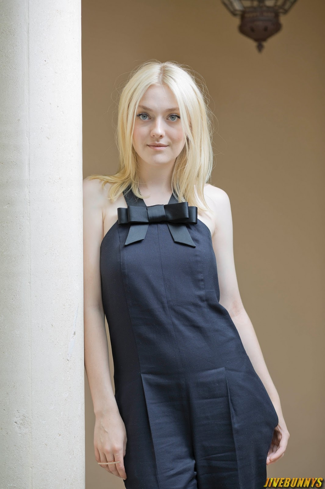 Dakota Fanning Filmography: Dakota Fanning Hot Photos Gallery 3