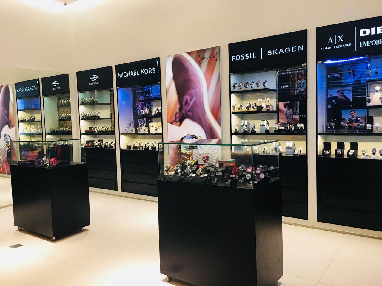 Novidade - Time Center inaugura loja no OFF Outlet Fashion Fortaleza ~  Ceará é Notícia c57d48158c