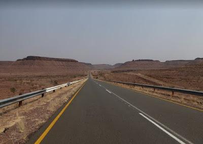 la strada B4 verso Aus