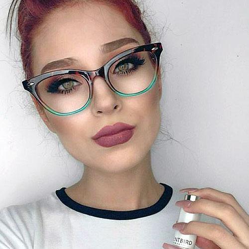 Cómo combinar las gafas y el maquillaje
