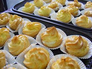 Cara Membuat Resep Kue Sus Basah Isi Vla Coklat Lembut Enak Irit Telur Durian Polos Renyah