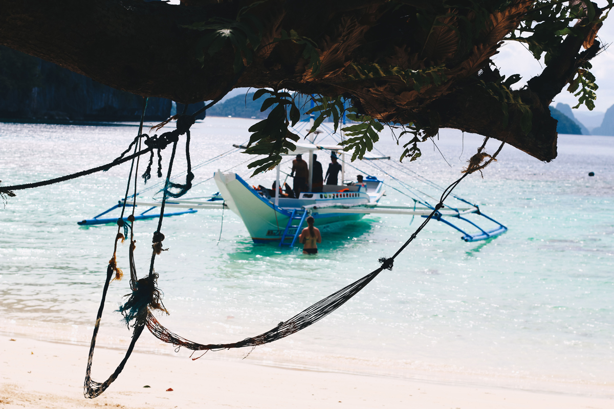 photos of hammocks in El Nido