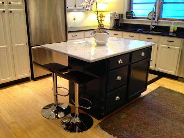 Make your Kitchen Spacious with Small Kitchen Tables Make your Kitchen Spacious with Small Kitchen Tables 14