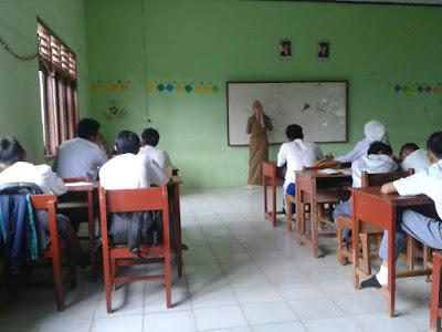 Permalink ke Soal Ilmu Administrasi Negara Tentang Administrasi Pemerintahan Daerah Lengkap Jawaban