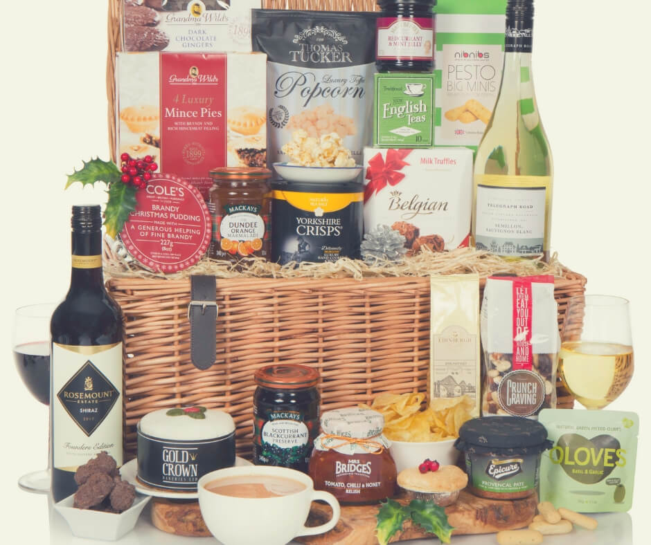 Christmas Gift Ideas For Your Mum And Dad | Make your parents Christmas extra special with this luxury Christmas hamper.