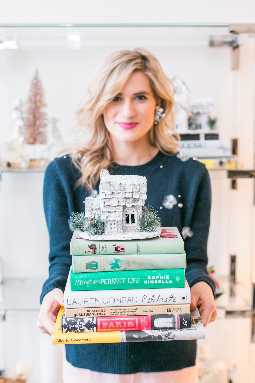Bijuleni - 5 Easy Ways to Accessorize your Bookshelf for the Holidays - Vintage Holiday house and stuck of books