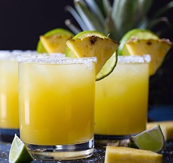 PINEAPPLE MARGARITA #Drink #Margarita