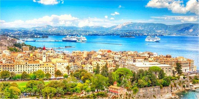 La città di Corfù, Grecia