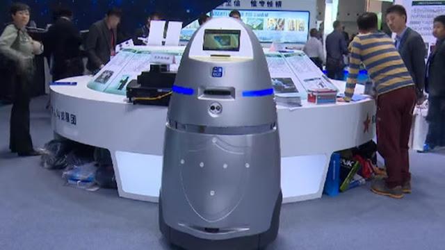 """""""Robocop"""" entra en servicio en China: """"Mitad humano, mitad máquina, todo policía"""""""
