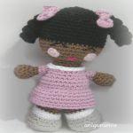 http://anigurumis.blogspot.com.es/2015/04/patron-munequita-coloretes.html#more