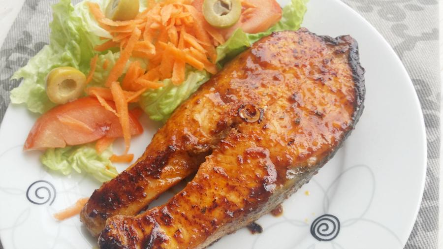 Salm n caj n con naranja a la plancha simogas no sin for Cocinar pez espada a la plancha