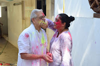 Gulzaar Celeting Holi at his Home 13 03 2017 002.JPG