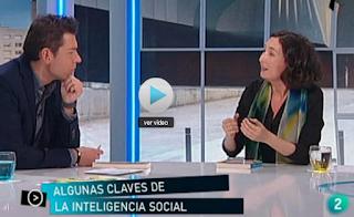 http://www.rtve.es/alacarta/videos/para-todos-la-2/para-todos-2-entrevista-elsa-punset-mundo-tus-manos/2465027/