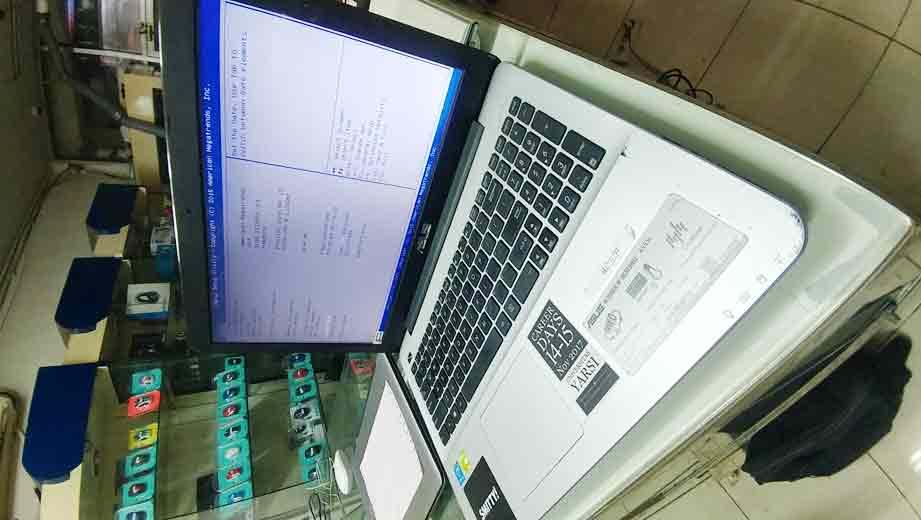 jasa service laptop buaran