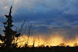 Wolkenbruch am Horizont...