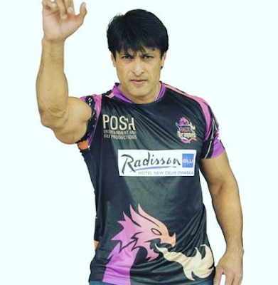 Adalah seorang pemain drama dan mantan pemain kriket internasional India Biodata Salil Ankola Terlengkap, Istri, Hobi, Fakta, Foto dan Masih Banyak Lagi