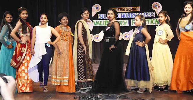 Fashion Shows at the Completion of Summer Camp in Modern School