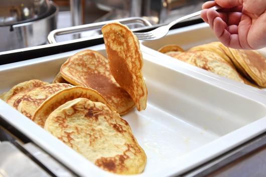 Pancakes zum Frühstück im Van der Valk Hotel