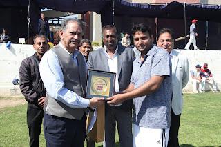 मानव रचना कॉर्पोरेट क्रिकेट चैलेंज 12 वीं डाबर इंडिया और हीरो मोटोकॉर्प ने जीता मैच