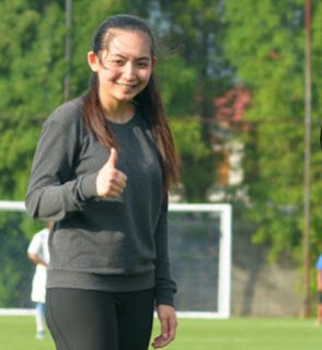 Fisioterapis Cantik Fortunella Levyana Batal Gabung Persib Bandung