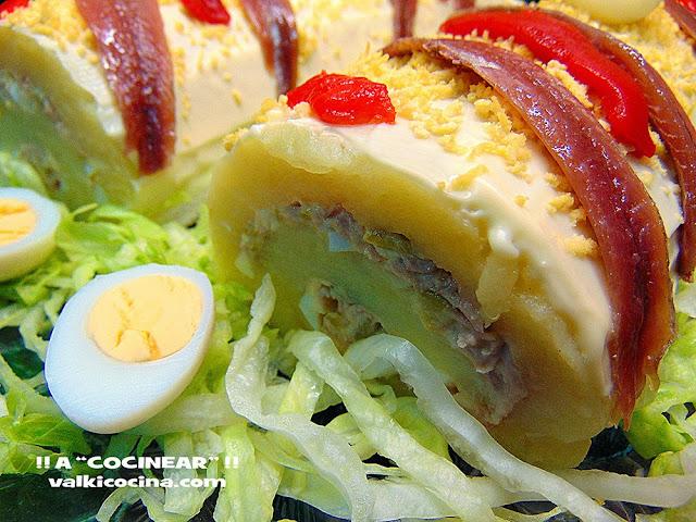 rollo de patata relleno de atún