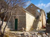 Napušteni samostan Stipančići, Murvica, otok Brač slike