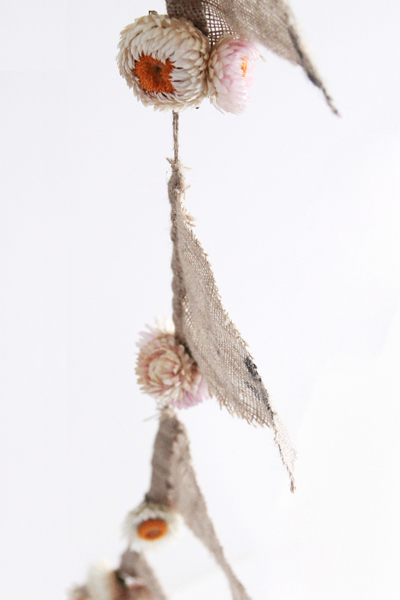 Rustic Hessian Bunting - Available soon