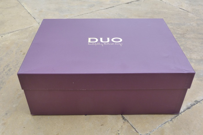a picture of duo shoe box