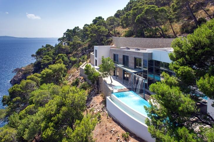 Hotel In Banyalbufar Mallorca