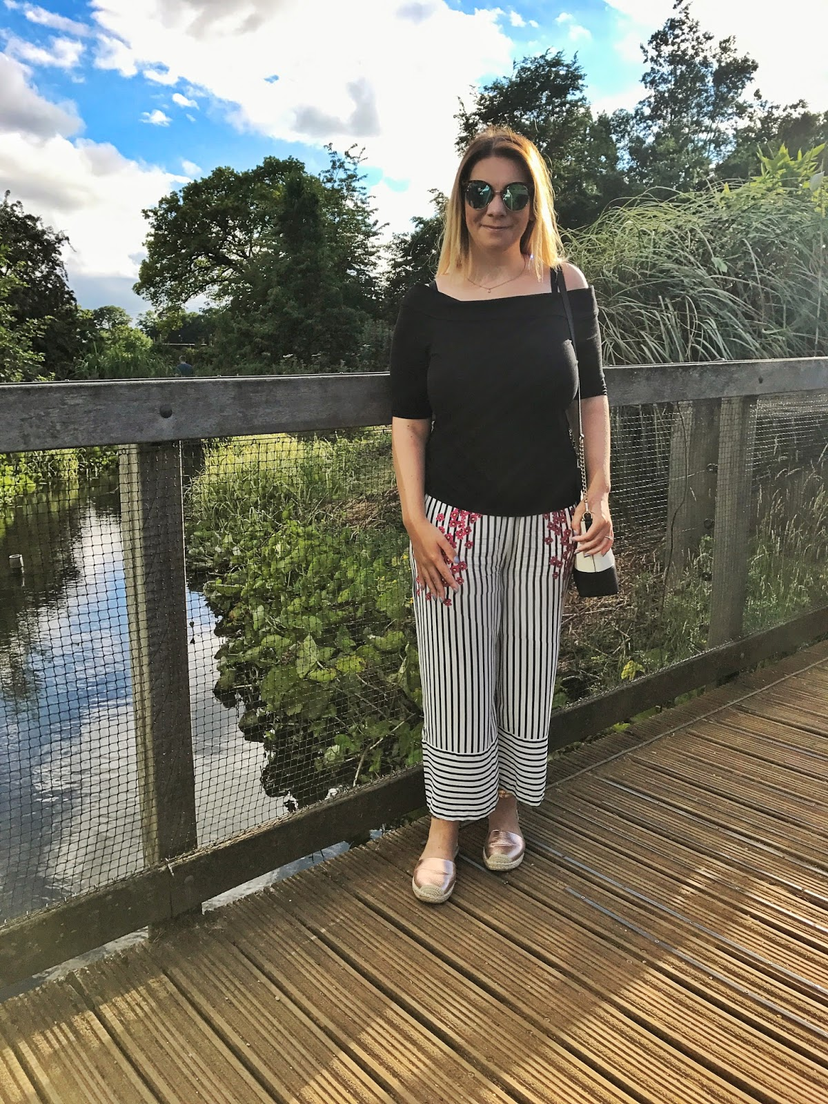 Smart casual way to wear culottes