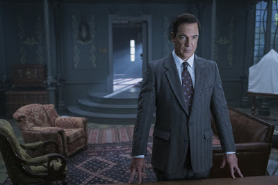 Lemony Snicket's A Series of Unfortunate Events Netflix Patrick Warburton Image 2 (39)